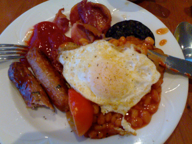 Mr Jones' breakfast (courtesy of thatsfinedining.blogspot.com)